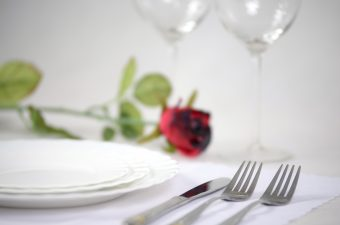 Romantic and elegant tableware